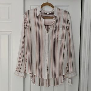 NWT BeachLunchLounge button down